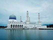 Kota Kinabalu Mosque, Maleisië Stock Afbeeldingen
