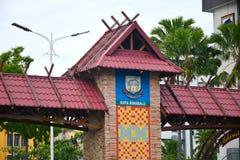 Kota Kinabalu Welcome Arch i Malaysia royaltyfri fotografi