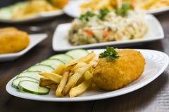 Kotelett de Volaille mit Fischrogen Stockfoto