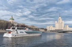 Kotelnicheskaya堤防大厦,莫斯科 俄国 库存图片
