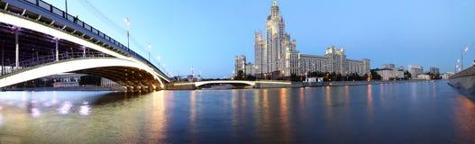 Kotelnicheskaya堤防大厦(全景),莫斯科,俄罗斯 免版税库存照片
