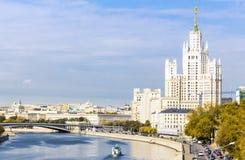 Kotelnicheskaya bulwaru budynek, widok od rzeki Zdjęcie Stock