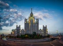 Kotelnicheskaya invallningbyggnad arkivfoto