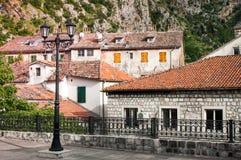 Kotor är en kuststad i Montenegro Arkivbilder
