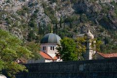 Kotor μια ιστορικά πόλη και ένα λιμάνι στοκ εικόνα με δικαίωμα ελεύθερης χρήσης