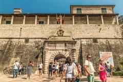 Kotor, Monténégro - 24 août 2017 : L'entrée principale à la vieille ville Image stock