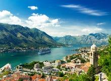 Kotor, Montenegro Bucht von Kotor die schönste Landschaft auf adriatischem Meer Lizenzfreies Stockfoto