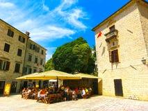 Kotor Montenegro - Maj 07, 2014: Fyrkant för St Luke ` s på Kotor Fotografering för Bildbyråer