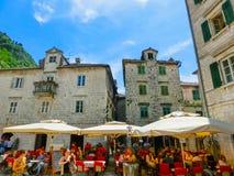 Kotor Montenegro - Maj 07, 2014: Fyrkant för St Luke ` s på Kotor Royaltyfria Foton