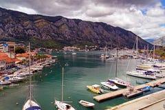 Kotor - Montenegro - Mooi landschap 08-2016 op marine dichtbij de Oude Stad, Montenegro, Europa Royalty-vrije Stock Fotografie