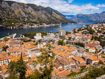 Kotor podpalany i Stary miasteczko od Lovcen góry Montenegro Obrazy Stock