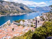 Kotor podpalany i Stary miasteczko od Lovcen góry Montenegro Fotografia Royalty Free