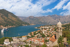Kotor stad och Boka Kotorska fjärd Montenegro Arkivbild