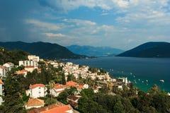 Kotorbaai, Herceg Novi montenegro stock afbeeldingen