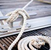 kotwica wokoło cumowania arkany stali wiążącej Zdjęcie Royalty Free