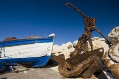 kotwicowy łódkowaty stary ośniedziały obraz stock