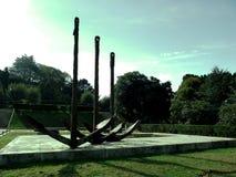 Kotwicy łódź w parku Robią Castro w Vigo, Galicia Hiszpania Zdjęcia Stock
