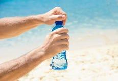 Koud water bij het strand Royalty-vrije Stock Afbeeldingen