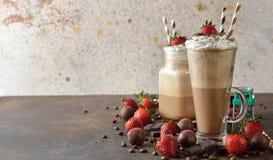 Koude cocktail van koffie met chocolade Stock Afbeelding