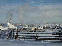 Koude dag in het dorp Stock Afbeelding