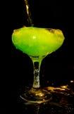 Koude groene drank in glas Royalty-vrije Stock Afbeeldingen