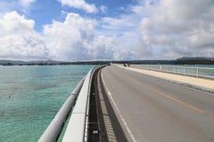 Kouri桥梁在冲绳岛,日本 库存照片