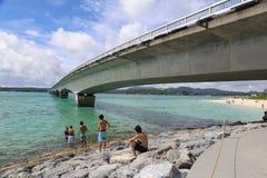Kouri桥梁在冲绳岛,日本 免版税图库摄影