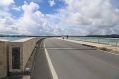 Kouri桥梁在冲绳岛,日本 免版税库存照片
