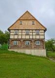 KOURIM - 5月24日:传统村庄房子从18世纪 免版税库存照片