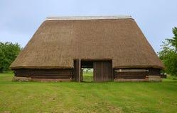 KOURIM - 5月24日:传统谷仓从17世纪 免版税库存照片