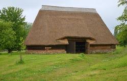 KOURIM - 5月24日:传统谷仓从17世纪 图库摄影