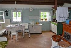 KOURIM - 5月24日:村庄房子内部从18世纪 免版税库存照片