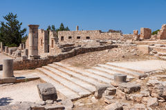 KOURION, CYPRUS/GREECE - 24 DE JULHO: Ruína do buildin do Palaestra Imagem de Stock