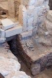 KOURION, CYPRUS/GREECE - 24 JULI: Baden dichtbij de Tempel van Apol stock afbeelding