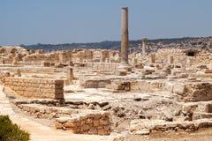 KOURION CYPRUS/GREECE - JULI 24: Rest på nollan för forntida stad royaltyfri foto