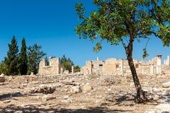 KOURION, CYPRUS/GREECE - LIPIEC 24: Świątynia Apollo Hylates blisko zdjęcia royalty free