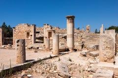 KOURION, CYPRUS/GREECE - LIPIEC 24: Świątynia Apollo Hylates blisko Fotografia Royalty Free