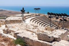 KOURION, CYPRUS/GREECE - LIPIEC 24: Wznawiający ampitheatre w Zdjęcie Stock