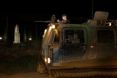 Kourou, Französisch-Guayana, - circa, 2011 Legionnäre der fremden Legion vor der Produkteinführung des französischen Ariane schne lizenzfreie stockfotos