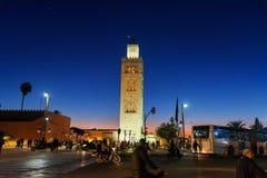 Koutoubia清真寺在马拉喀什在晚上 摩洛哥 库存照片