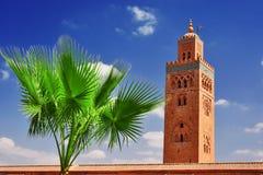 Koutoubia moské i den sydvästliga medina fjärdedelen av Marrakesh Arkivfoton