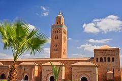 Koutoubia moské i den sydvästliga medina fjärdedelen av Marrakesh Arkivbilder