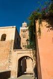 Koutoubia moské i Marrakesh, Marocko på den soliga dagen Royaltyfria Bilder