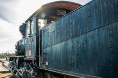 Kouvola, Finlandia - 18 de abril de 2019: Locomotora de vapor vieja como objeto expuesto en el ferrocarril de Kouvola en Finlandi imagen de archivo