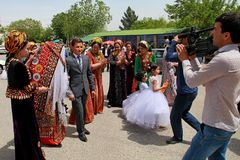 Kov-Ata Turkmenistan - April 30, 2017: Turkmenskt nationellt bröllop Royaltyfri Foto
