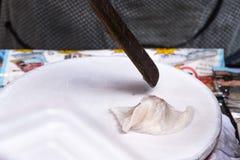 Kow Griep Pag Mor, thailändska ångade Ris-hud klimpar Arkivfoton