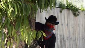 Kowboj w czarnego kapeluszu czaić się zbiory