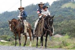 Kowboje na konia plecy w Ekwador Zdjęcia Stock