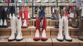 Kowbojscy buty na pokazie przy Kołysać Parkowego wydarzenie w Mediolan, Włochy Zdjęcia Royalty Free