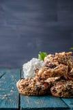 Kozinaki,向日葵种子,糖煮的糖,焦糖冰砖  图库摄影
